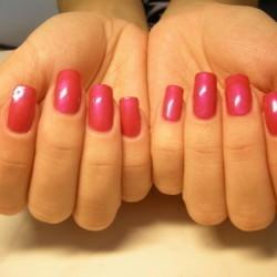 Скидка на двухнедельное покрытие ногтей Shellac 20%